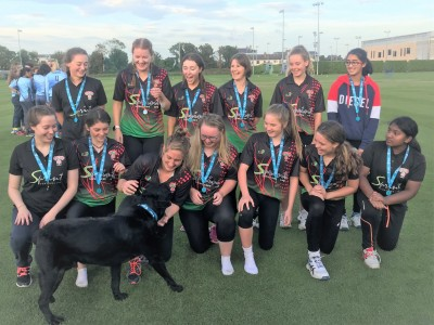 ladies-final-with-dog